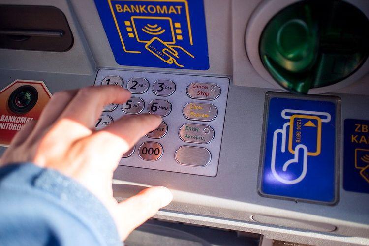 bankomat-2